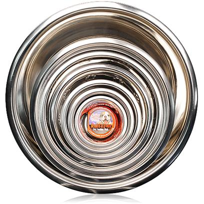Petcetera Presents Stainless Steel Dish 1 Pint. Stainless Steel Dish is a Versatile User Friendly Pet Dish that lets your Pet Dine Comfortably. This Strong Heavyweight Dish is Scratch Proof and also Easy to Clean. It Comes with a Classic High Gloss Finish and is Rust-Resistant. Stainless Steel Pet Dish is Attractive, Durable and Dishwasher Safe. The Easy-to-Clean and Economically Priced Pet Dishes are Available in a Host of Sizes, Shapes and Designs from Leading Pet Pharmacies. [11780]