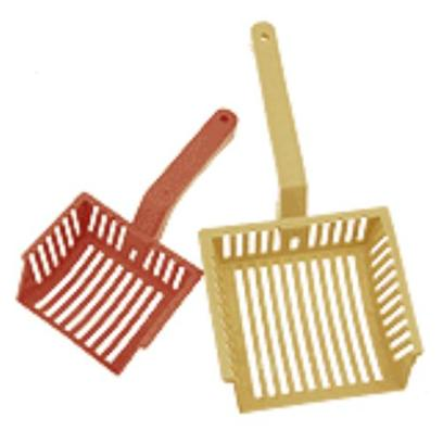 Four Paws Presents Four Paws Litter Scoop Medium. Keep your Cats Litter Box Clean with these Long Handle Litter Scoops. [13170]