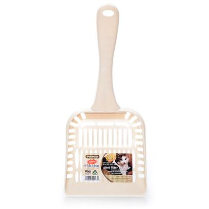 Petmate Presents Litter Scoop Giant. Features a Higher Back Design for Added Sifting Capacity, Rounded Corners to Assist in Hard to Reach Places and More Sifting Area for Easy Cleaning. [17979]