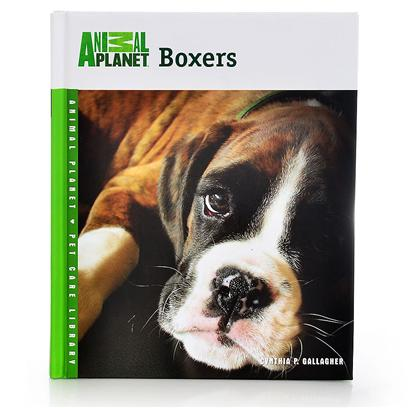 Nylabone Presents Animal Planet Boxers Tfh Anim. This Unique Guide Covers the Variety of Sports and Events that Best Showcase the Athletic Nature of the Boxer. T.F.H. Has Teamed Up with Animal Planet the only Television Network Devoted to the Unique Bonds Between Humans and Animals, to Present an Exciting New Series of Family-Friendly, Comprehensive Guides to Superior Pet Care. Each Book Features Newly Written Text from Animal Experts on a Variety of Topics, Including Feeding, Housing, Grooming, Training, Health Care, and Fun Activities. Useful Tip Boxes in Each Chapter Show Every Member of the Household how to Make the Most out of Owning a Pet. [26257]