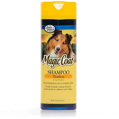 Four Paws Presents Magic Coat Protein Tearless Shampoo. Will not Irritate Eyes or Sensitive Skin. Gentle Formula Contains Protein and Lanolin to Repair Damage and Enhance Shine. [37027]