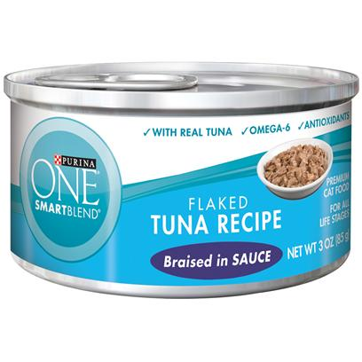 Nestle Purina Petcare Presents Purina One Smartblend Flaked Tuna Recipe Braised in Sauce 3oz-Case of 24. Purina One Smartblend Flaked Tuna Recipe Braised in Sauce Use Real Ingredients as the First Step in Providing your Cat with Complete, Balanced Nutrition and the Flavor of Real Tuna that she'll Love. Best of all, You'll Know she has the Nutrients that Help her Pounce and Play, Including Antioxidants and Omega 6. [37787]